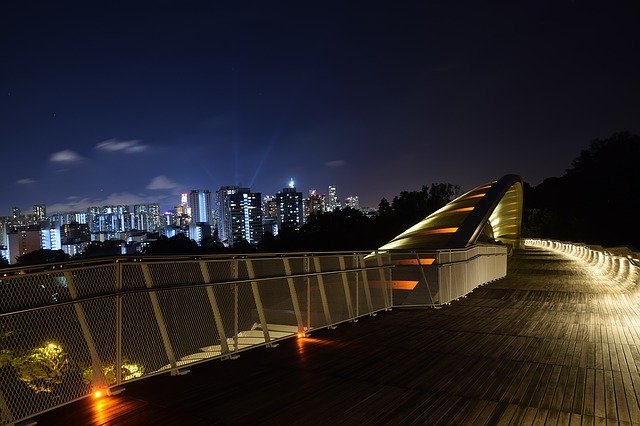 most v singapuru