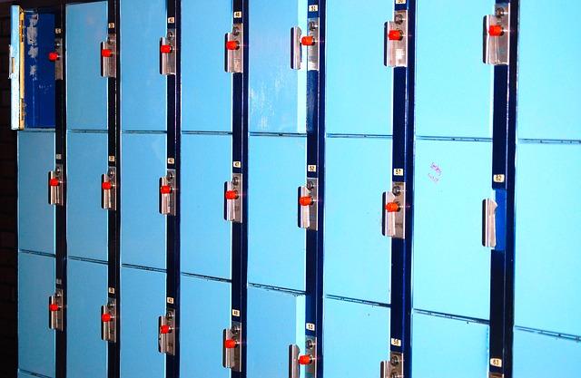 modré skříňky
