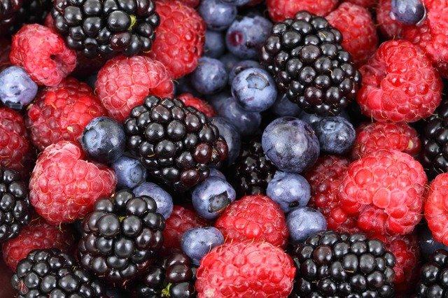 drobné ovoce.jpg