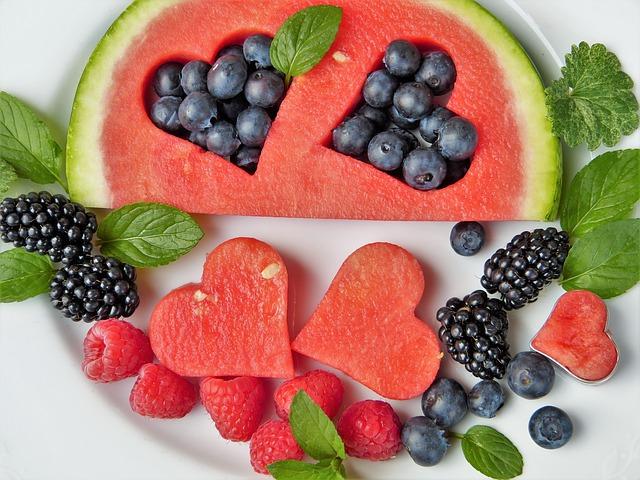 meloun, borůvky, ostružiny a maliny.jpg