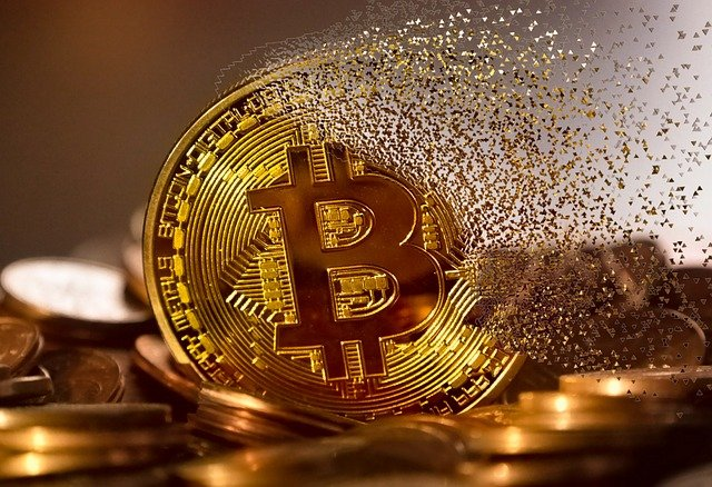 rozpad mince