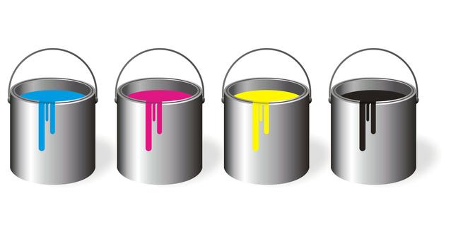 kbelíky s barvou
